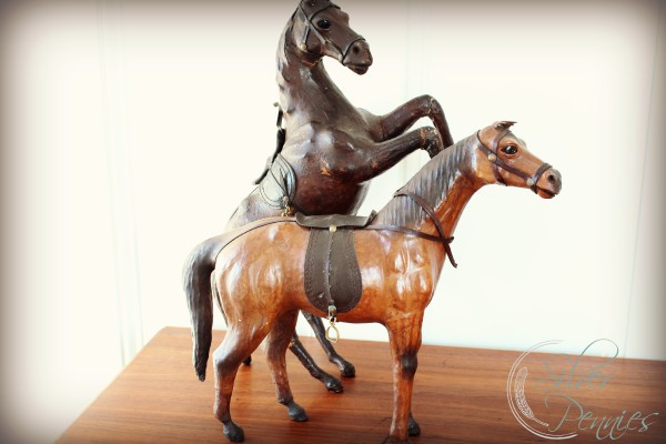 antique_horses
