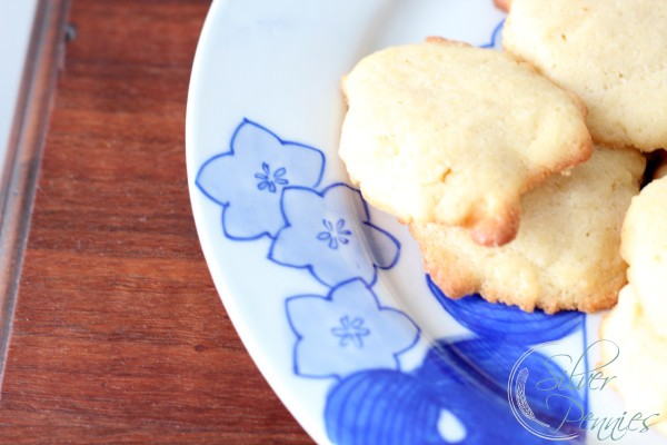 butter_cookies_antique_plate