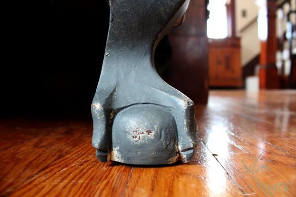 claw_feet