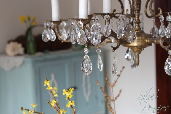 crystal_chandelier_close_up