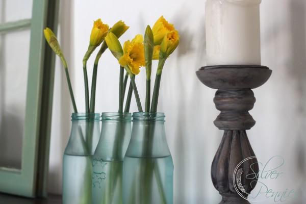 daffodils_sea_glass_bottles