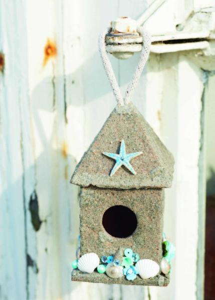 p043-CB777_Birdhouses_07