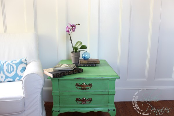 green_chalk_paint_side_table