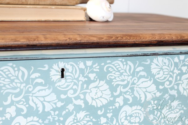 stencil_drawer_keyhole