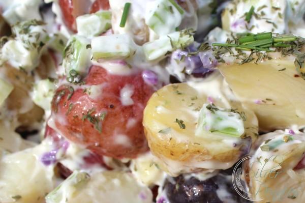 close_up_potato_salad