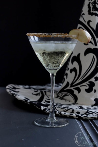 Apple and Sparkling Wine Cocktail