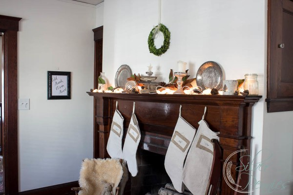 Vintage mantel for Christmas