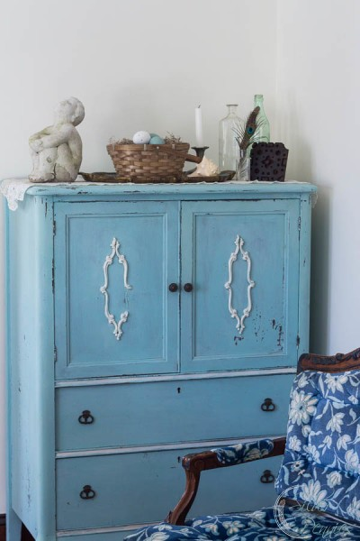 Chippy Armoire in Spring