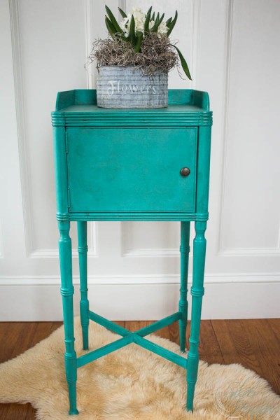 Chalk Paint Table Named Flow