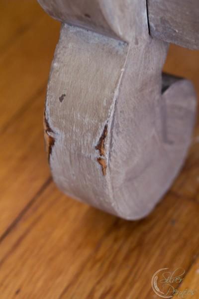 Close Up Empire Leg
