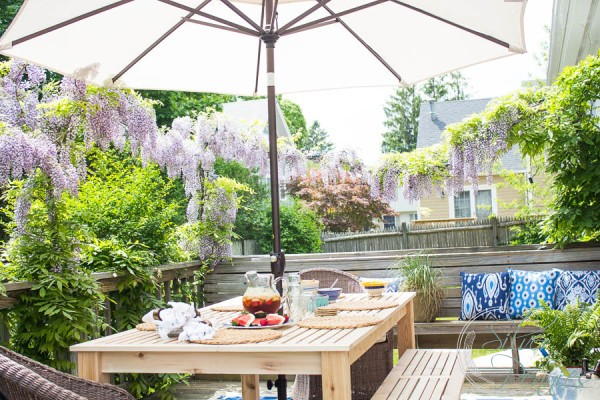 How to Update your Deck for Relaxed Summer Living