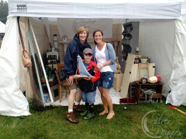 Sunday at the Vintage Bazaar in the Rain