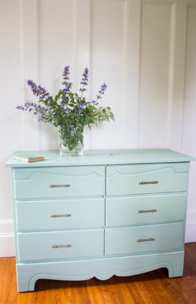 Shabby Chic Dresser in Fusion Mineral Paint