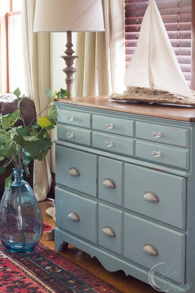 The Leighton Coastal Dresser