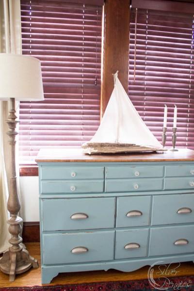 The Leighton Dresser