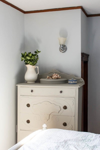 Fall Home Tour Guest Room Greenery and a painted dresser