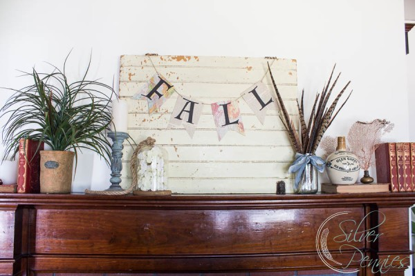 Fall Mantel with Free Printable of a Fall Banner