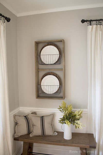 Rustic-Farmhouse-Plate-Rack-for-Dining-Room