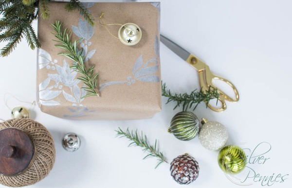 Easy DIY Christmas Wrapping