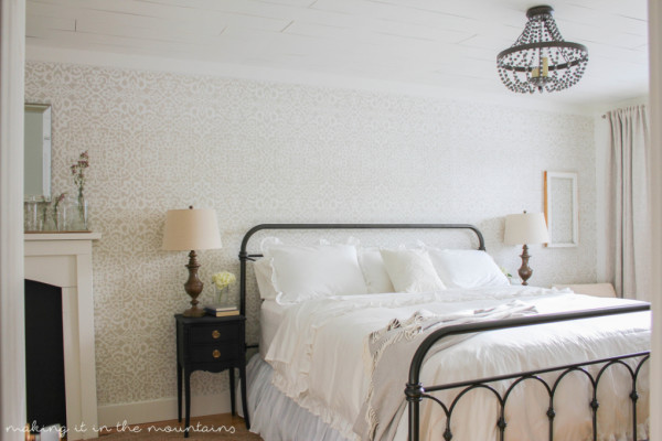 Farmhouse-Master-Bedroom-28