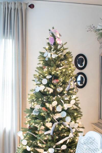 Coastal Christmas Tree in Living Room