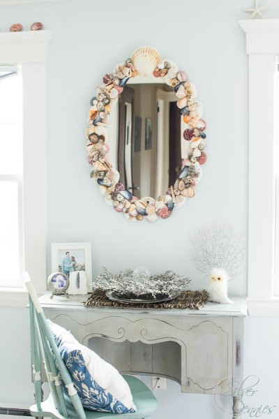 Shabby Chic Christmas in the Bedroom