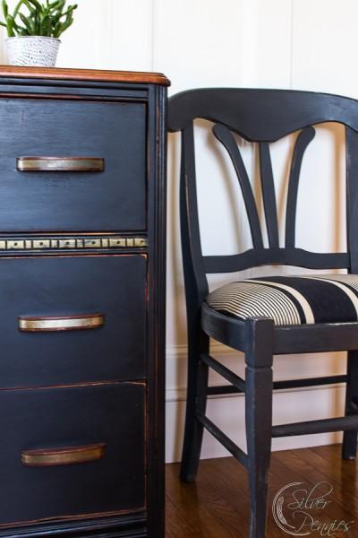 The Brackenbury Dresser / A Vintage Dresser Makeover for Under $50 / www.findingsilverpennies.com