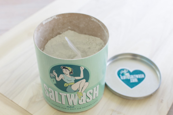 Saltwash for a truly coastal and layered finish / www.findingsilverpennies.com