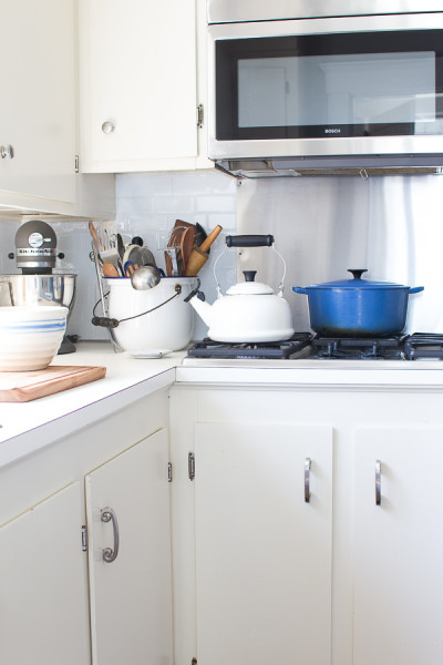 How to get the classic look of subway tiles in an afternoon / www.findignsilverpennies.com