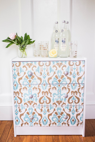 The pretty Rast Chest made over into a a little bar cart. www.findingsilverpennies.com