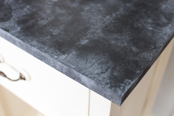 Realistic looking faux soapstone top and how to create it with paint!