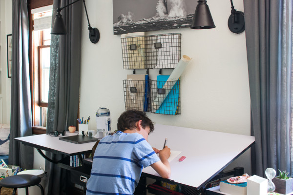 Creating a modern vintage workspace in our kids' bedroom