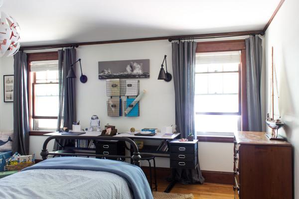 New Work Area in Kids' Bedroom