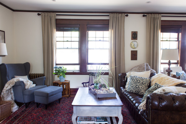 Living Room Makeover in a historic home. How to add the charm back in. www.findingsilverpennies.com