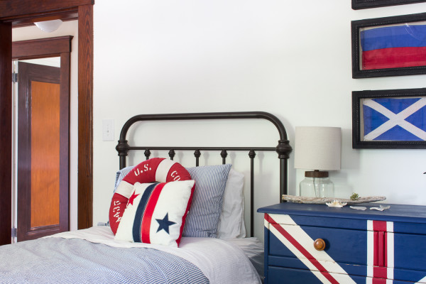 Coastal Bedroom Makeover by Finding Silver Pennies