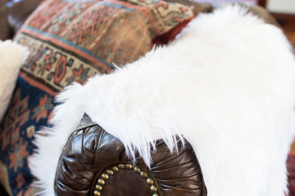 Faux Fur and Nailhead Trim / Fall in our Living Room / www.findingsilverpennies.com