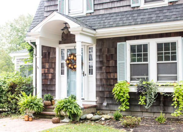 home_exterior_fall