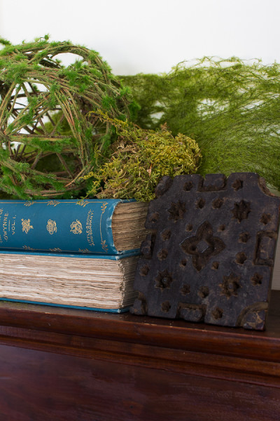 Moss Covered Fall Mantel 2016 Finding Silver Pennies