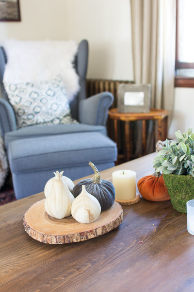 Wingback Chair / Velvet Pumpkins Fall in our Living Room / www.findingsilverpennies.com