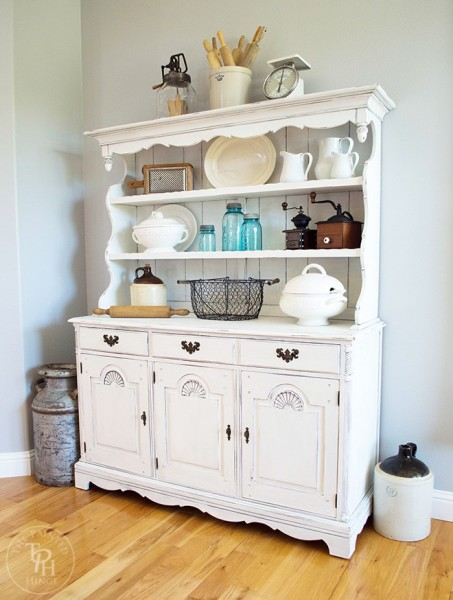 farmhouse-hutch-makeover-with-country-chic-paint-12