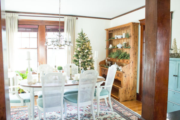 Classic Christmas Dining Room I Finding Silver Pennies