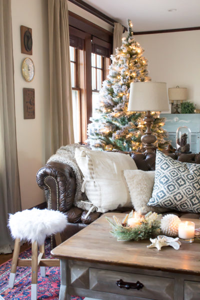 Cozy Christmas Living Room I Finding Silver Pennies