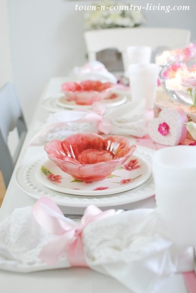 Pink and White Tablescape by Town and Country Living
