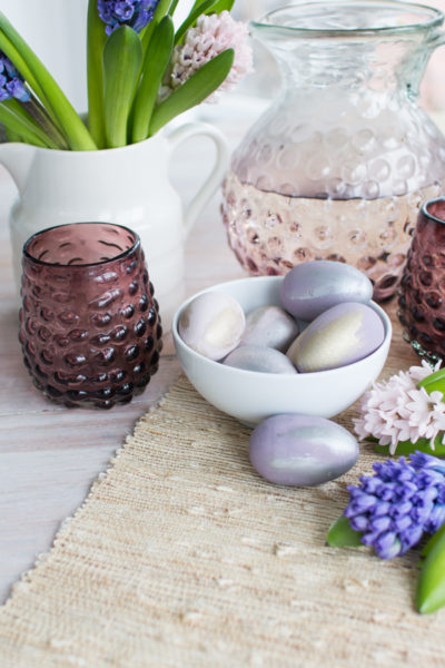 Pretty Painted Eggs