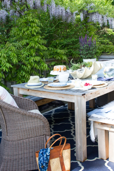 7 Easy Ideas for Outdoor Entertaining (Summer Deck)