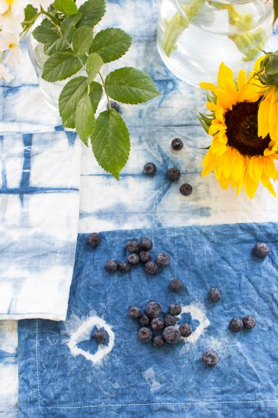 DIY shibori! A perfect craft for summertime.