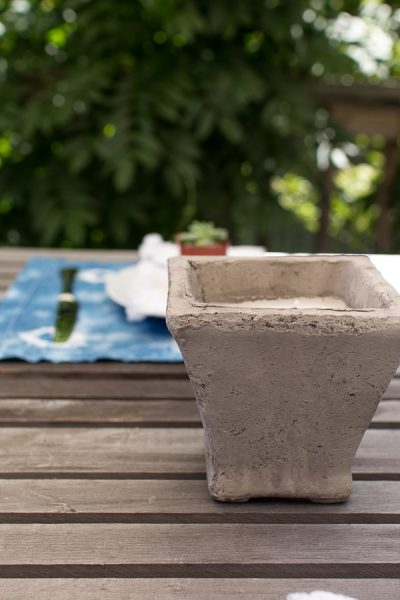 Concrete Citronella Candles & Simple Entertaining Ideas I Finding Silver Pennies