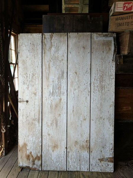 Chippy Barn Door I Finding Silver Pennies