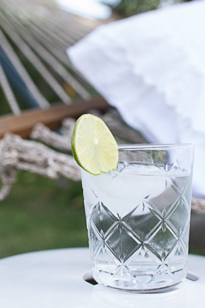 Dress up seltzer with lime