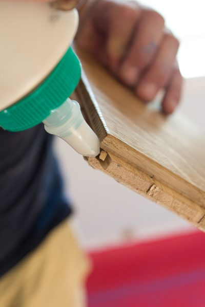 The proper way to glue hardwood floors